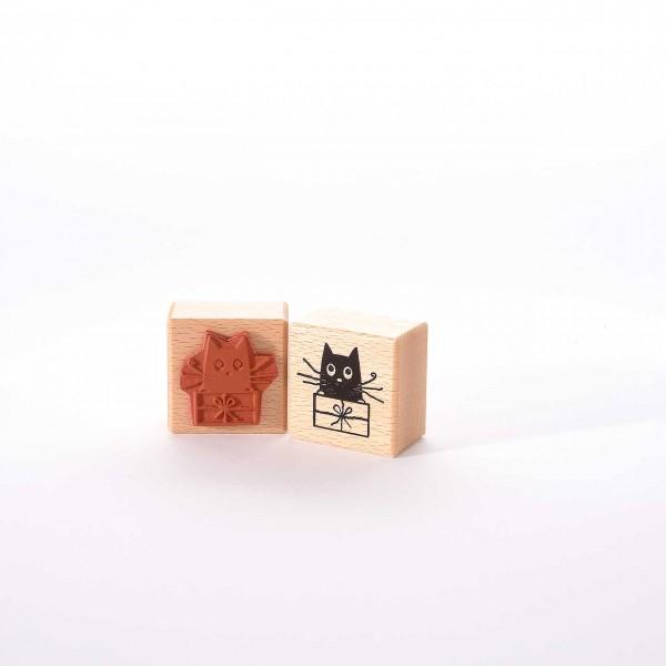 Motivstempel Titel: Katze mit Paket