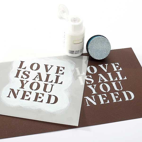 Grafische Schablonen - Love is all ...